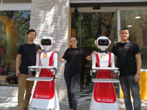 meseros robots